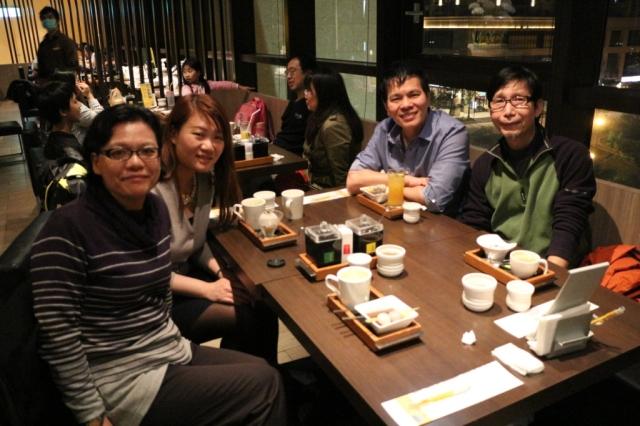 開幕禮完滿結束,心情輕鬆多了,晚上和朋友以美食慶祝。
